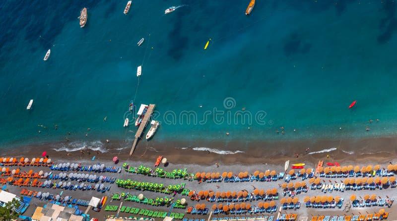 Vista aérea de la playa de Positano fotos de archivo libres de regalías