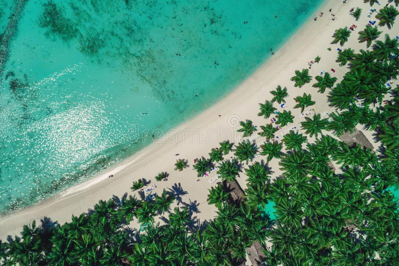 Vista aérea de la playa tropical, República Dominicana fotografía de archivo libre de regalías