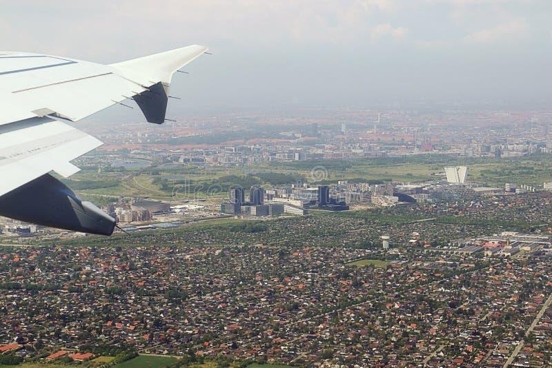 Vista aérea de las cercanías de Copenhague, después del despegue foto de archivo libre de regalías