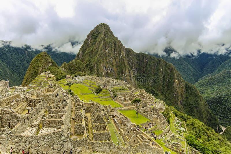 Vista aérea de las ruinas principales de la ciudadela de Machu Picchu imágenes de archivo libres de regalías