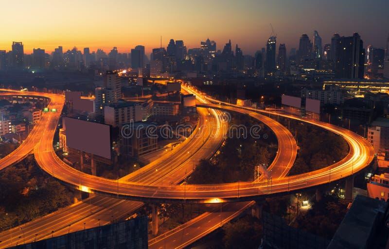 Vista aérea de los edificios de oficinas modernos de Bangkok, condominio fotografía de archivo libre de regalías