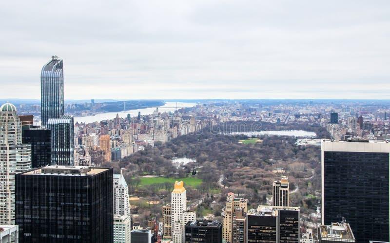 Vista aérea de Manhattan, New York City, vista norte para o Central Park da parte superior da rocha fotos de stock royalty free