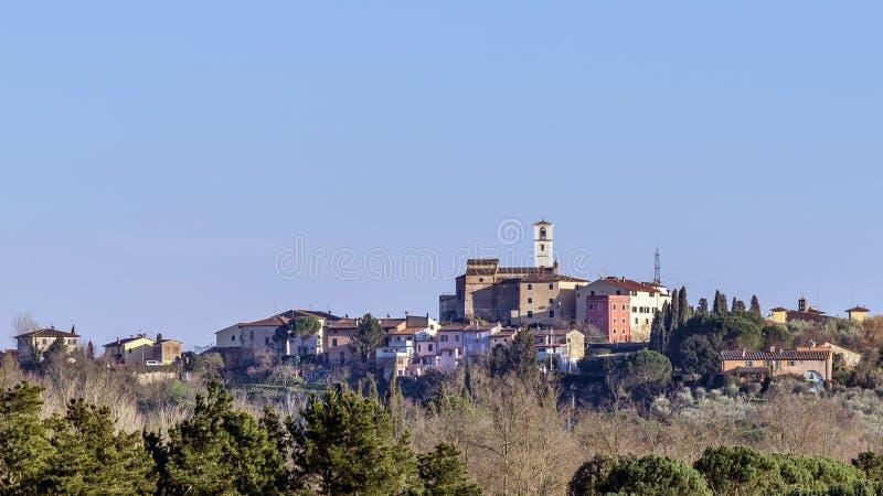 Vista aérea de Montecastello, Pontedera, Pisa, Toscana, Italia imágenes de archivo libres de regalías