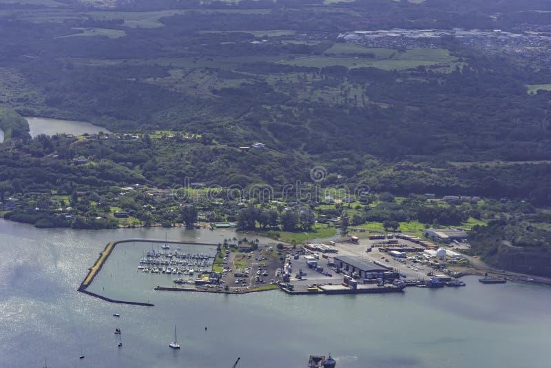 Vista aérea de Nawiliwili Harbor perto de Lihue Kauai Hawaii EUA fotos de stock