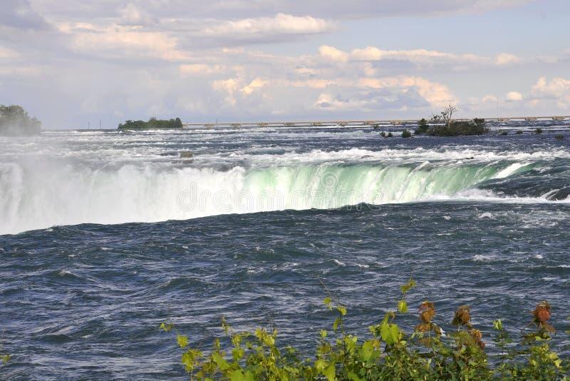 Vista aérea de Niagara Falls de la provincia de Ontario en Canadá fotos de archivo