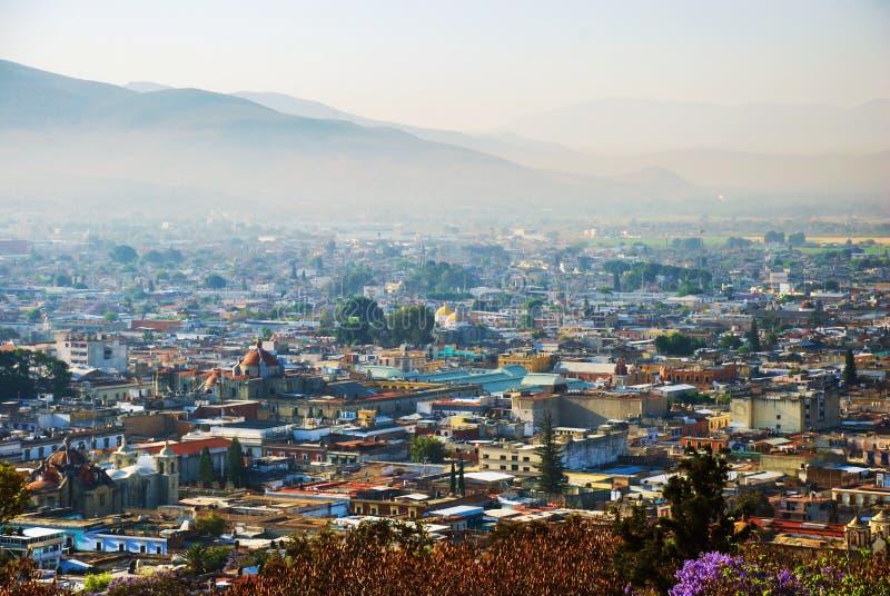 Vista aérea de Puebla, México por la mañana fotos de archivo libres de regalías