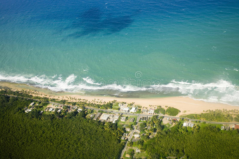 Vista aérea de Puerto Rico de nordeste imagenes de archivo