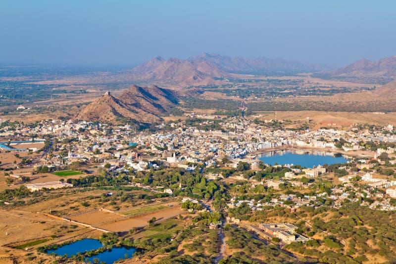 Vista aérea de Pushkar en Rajastan, la India imagenes de archivo