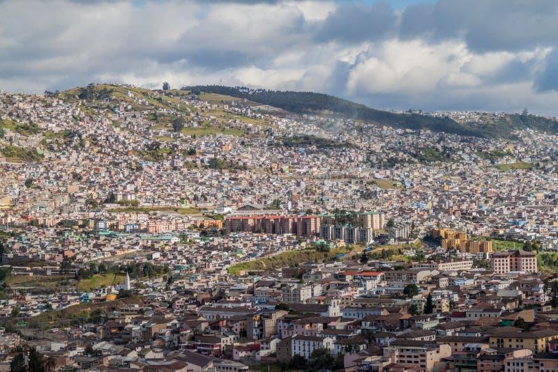 Vista aérea de Quito foto de archivo