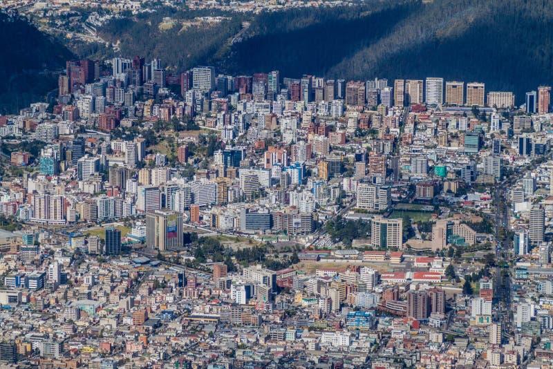 Vista aérea de Quito imagen de archivo libre de regalías
