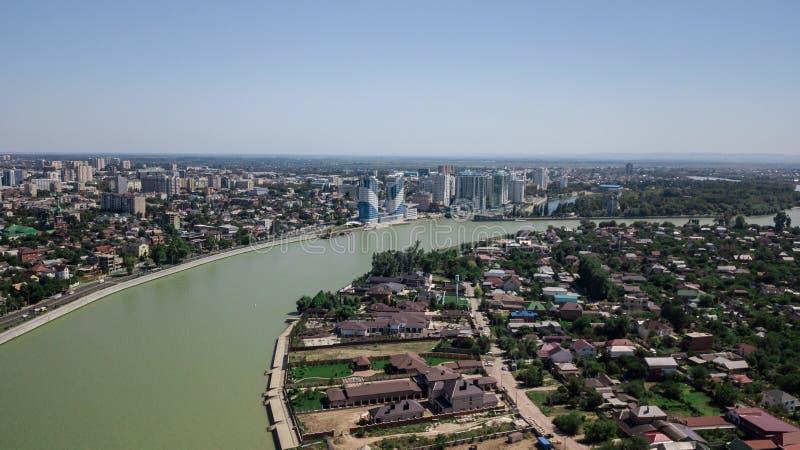 Vista aérea de Rusia del sur, Krasnodar Krai, ciudad de Krasnodar en 2018 fotografía de archivo libre de regalías