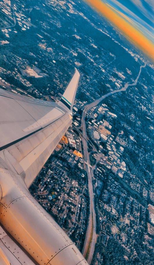 Vista aérea de uma autoestrada em Seattle fotografia de stock royalty free
