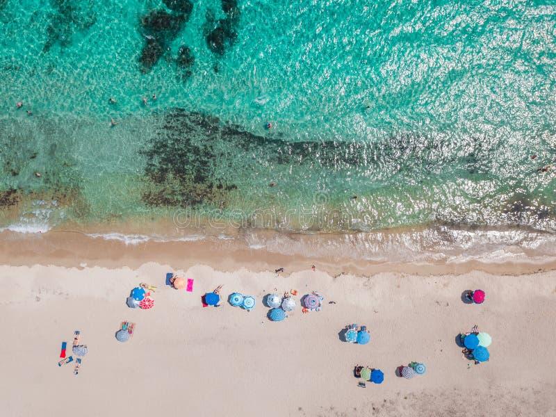 Vista aérea de uma praia imagem de stock
