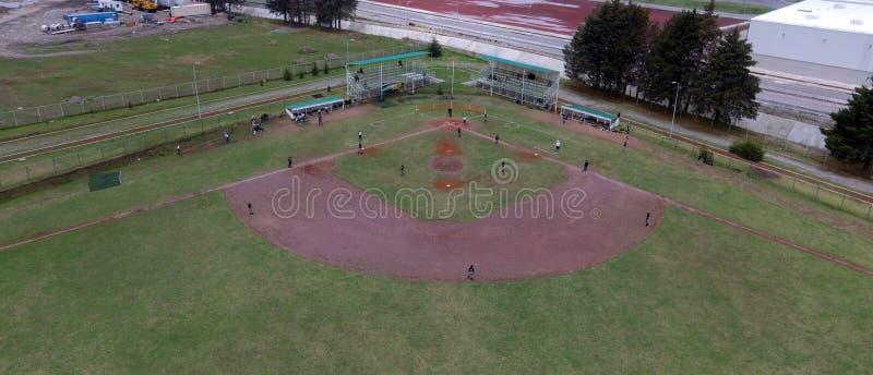 Vista aérea de un campo de béisbol fotos de archivo
