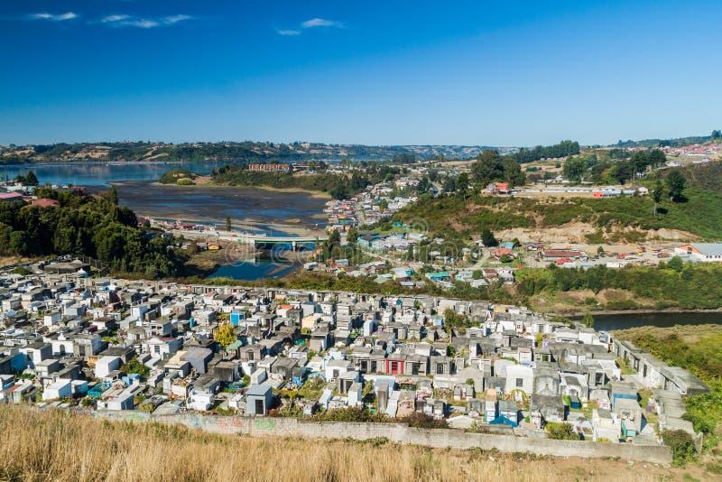 Vista aérea de un cementerio en Castro imagenes de archivo