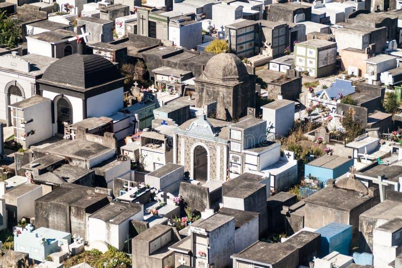Vista aérea de un cementerio en Castro fotografía de archivo