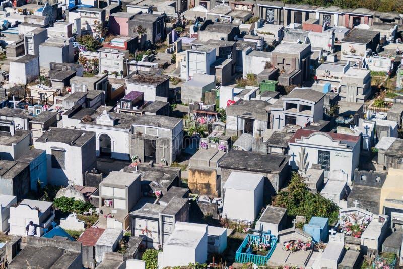 Vista aérea de un cementerio en Castro foto de archivo libre de regalías