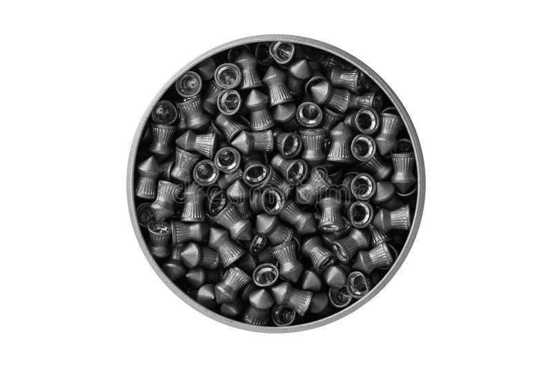 Vista aérea de una poder de aluminio de pelotillas de la ventaja del airgun aisladas en el fondo blanco con la trayectoria de rec foto de archivo libre de regalías
