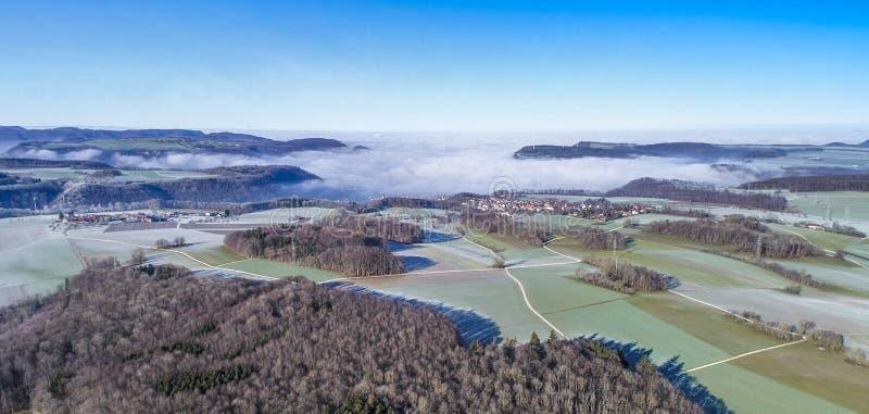 A vista aérea de vilas rurais idílico Hofstett é Staig e Weiler, Alb Swabian, Alemanha imagem de stock royalty free