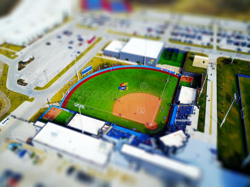 Vista aérea del ballfield de la universidad de Kansas