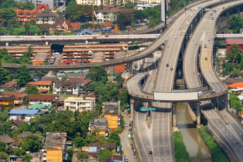 Vista aérea del camino de Kuala Lumpur Downtown, de Malasia y de las carreteras r fotos de archivo libres de regalías