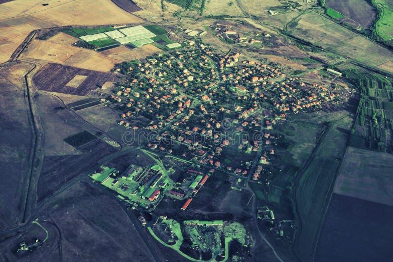 Vista aérea del campo verde imagenes de archivo
