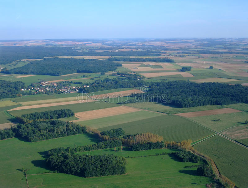 Vista aérea del campo Yonne del norte fotografía de archivo libre de regalías