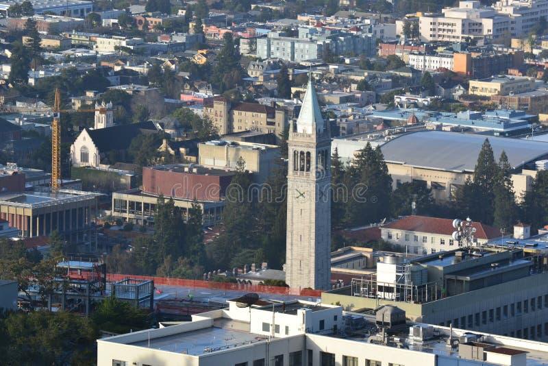 Vista aérea del campus de Universidad de California imagen de archivo libre de regalías