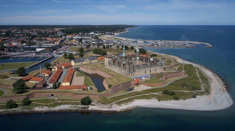 Vista aérea del castillo viejo Kronborg en Dinamarca foto de archivo libre de regalías