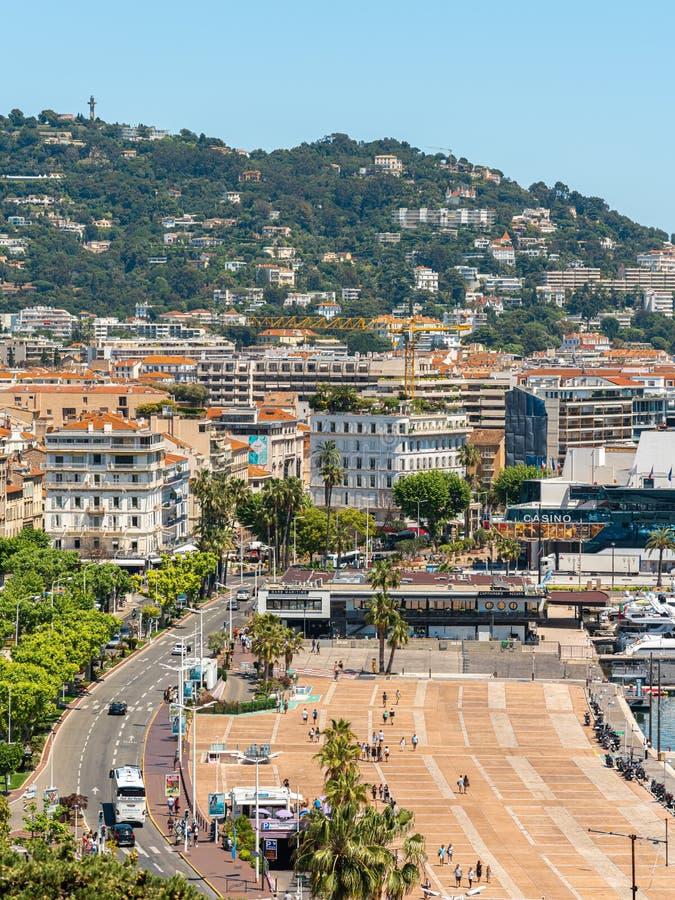 Vista Aérea Del Centro De Cannes imagenes de archivo