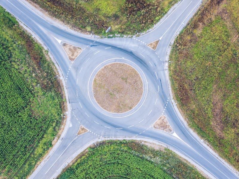 Vista aérea del cruce giratorio fotografía de archivo