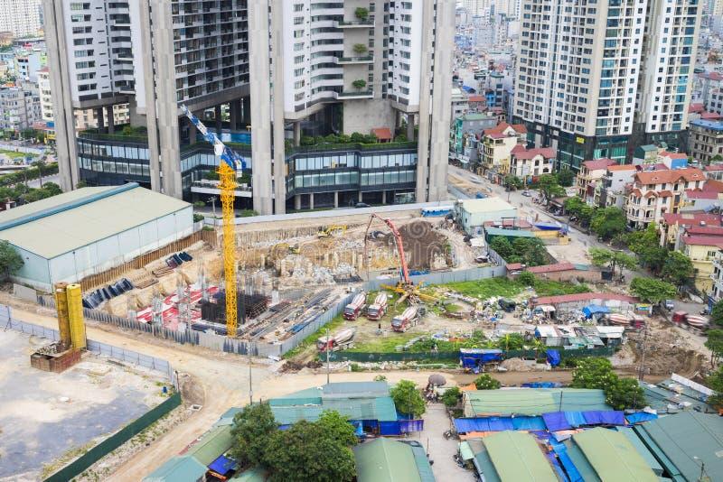 Vista aérea del emplazamiento de la obra de la ciudad Paisaje urbano de Hanoi foto de archivo libre de regalías