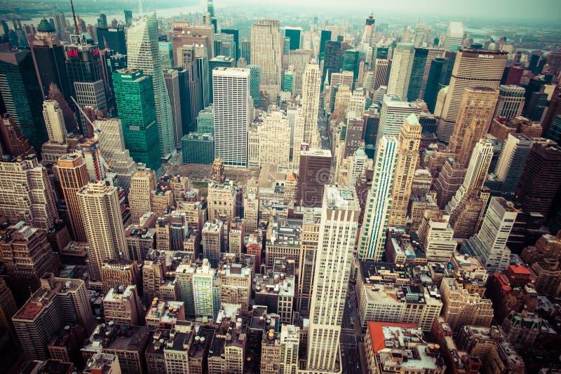 Vista aérea del horizonte de Manhattan en la puesta del sol, New York City imagenes de archivo