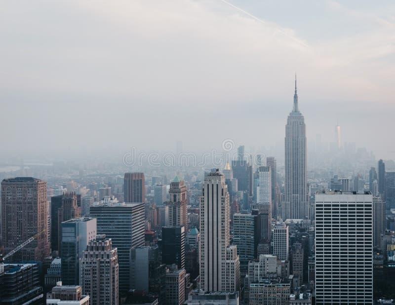 Vista aérea del horizonte y de las atracciones, los E.E.U.U. de Nueva York fotos de archivo libres de regalías