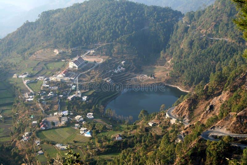 Vista aérea del lago fotos de archivo
