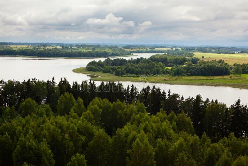 Vista aérea del lago Sartai en Lituania foto de archivo