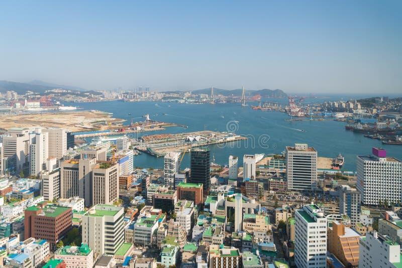 Vista aérea del paisaje urbano céntrico de Busán en Busán, Corea del Sur imagen de archivo libre de regalías