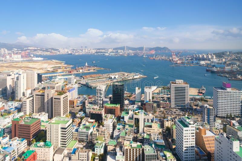 Vista aérea del paisaje urbano céntrico de Busán en Busán, Corea del Sur foto de archivo libre de regalías