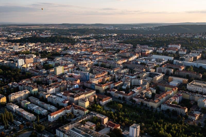 Vista aérea del paisaje urbano de Brno fotos de archivo libres de regalías