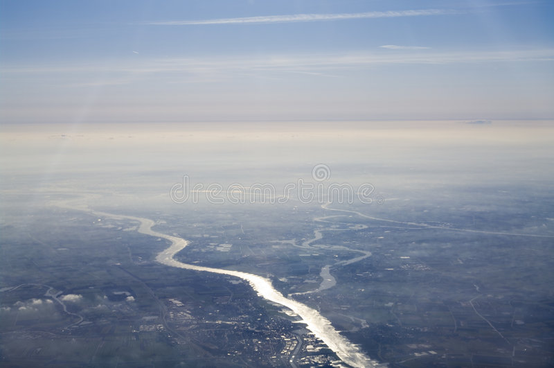 Vista aérea del río fotografía de archivo