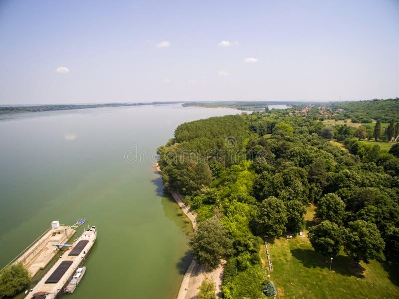 Vista aérea del río Danubio foto de archivo libre de regalías
