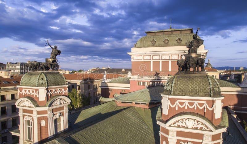 Vista aérea del teatro nacional, Sofía, Bulgaria fotos de archivo