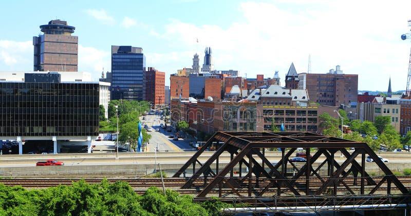 Vista aérea del tráfico en Rochester, Nueva York imagen de archivo