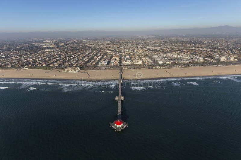 Vista aérea do cais do Huntington Beach em Califórnia do sul fotos de stock
