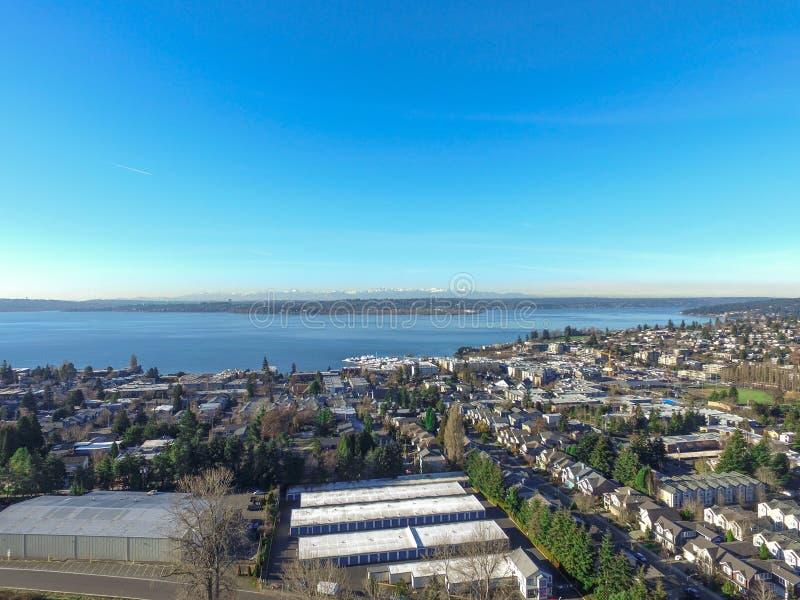 Vista aérea do lago Washington Área residencial de Kirkland fotografia de stock royalty free