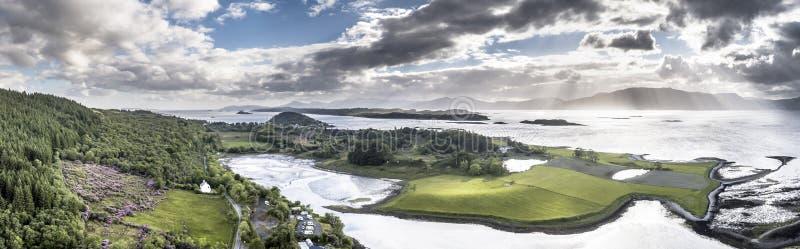 Vista aérea do Loch Laich à vista de Lismore imagem de stock
