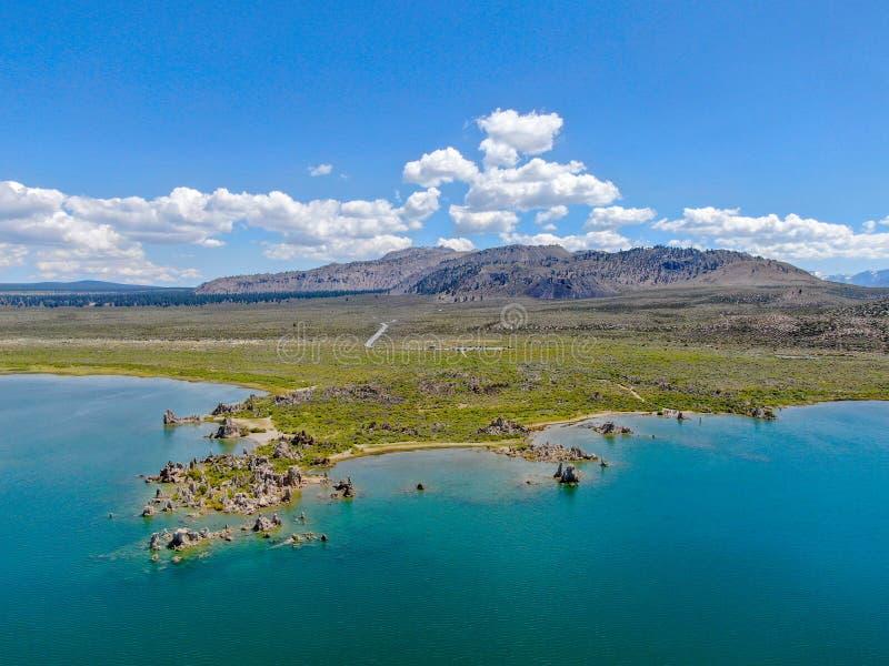 Vista aérea do mono lago imagem de stock royalty free