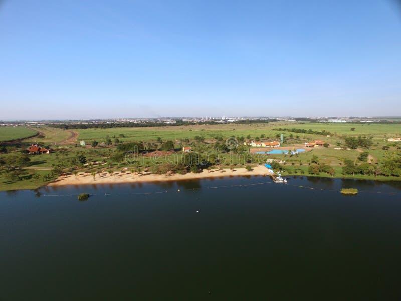 Vista aérea do parque ecológico na cidade de Sertaozinho, Sao Paulo, Brasil fotografia de stock royalty free
