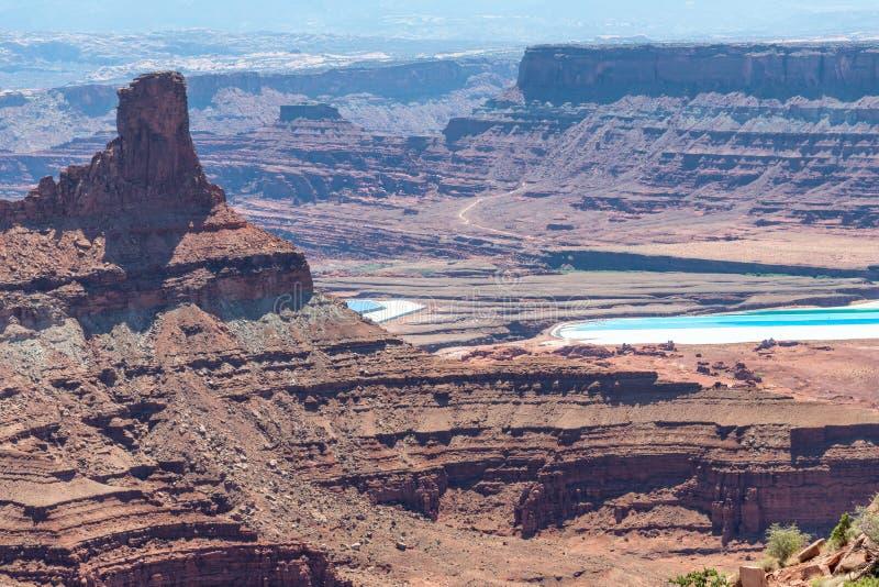 A vista aérea do parque estadual do cavalo inoperante com sal ponds no backgrou fotos de stock royalty free
