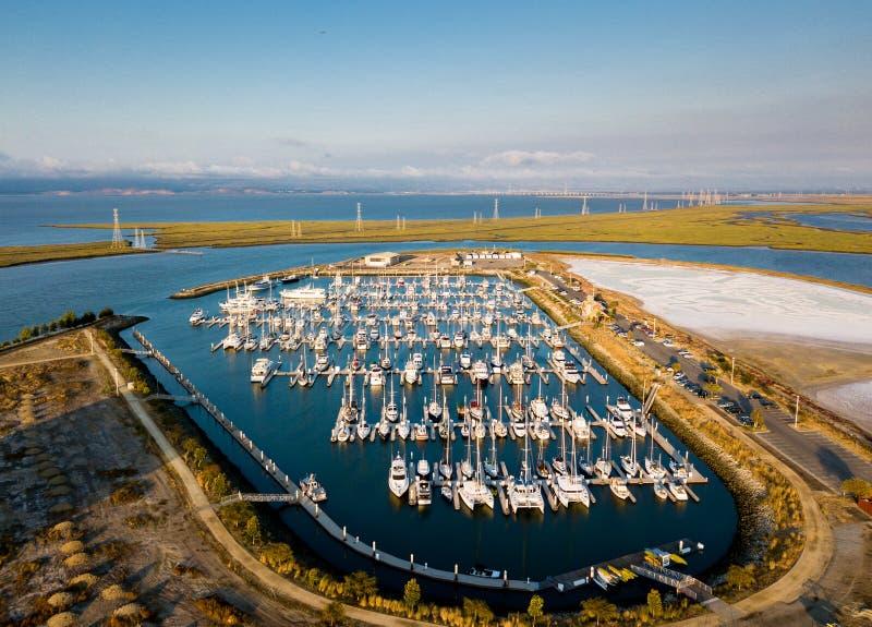Vista aérea do porto de Redwood City fotos de stock